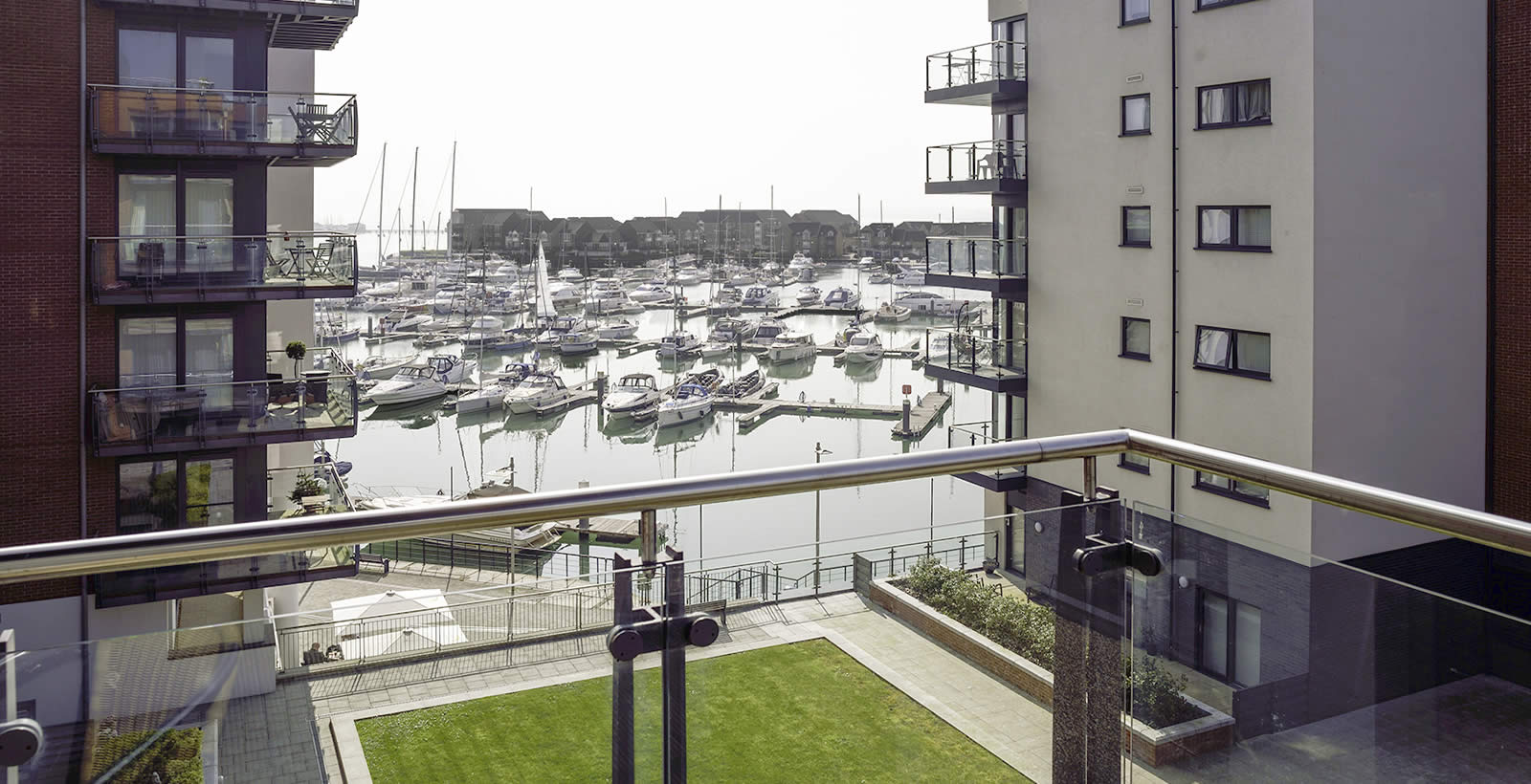 Southampton apartment marina view
