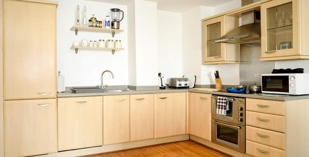 serviced flat kitchen